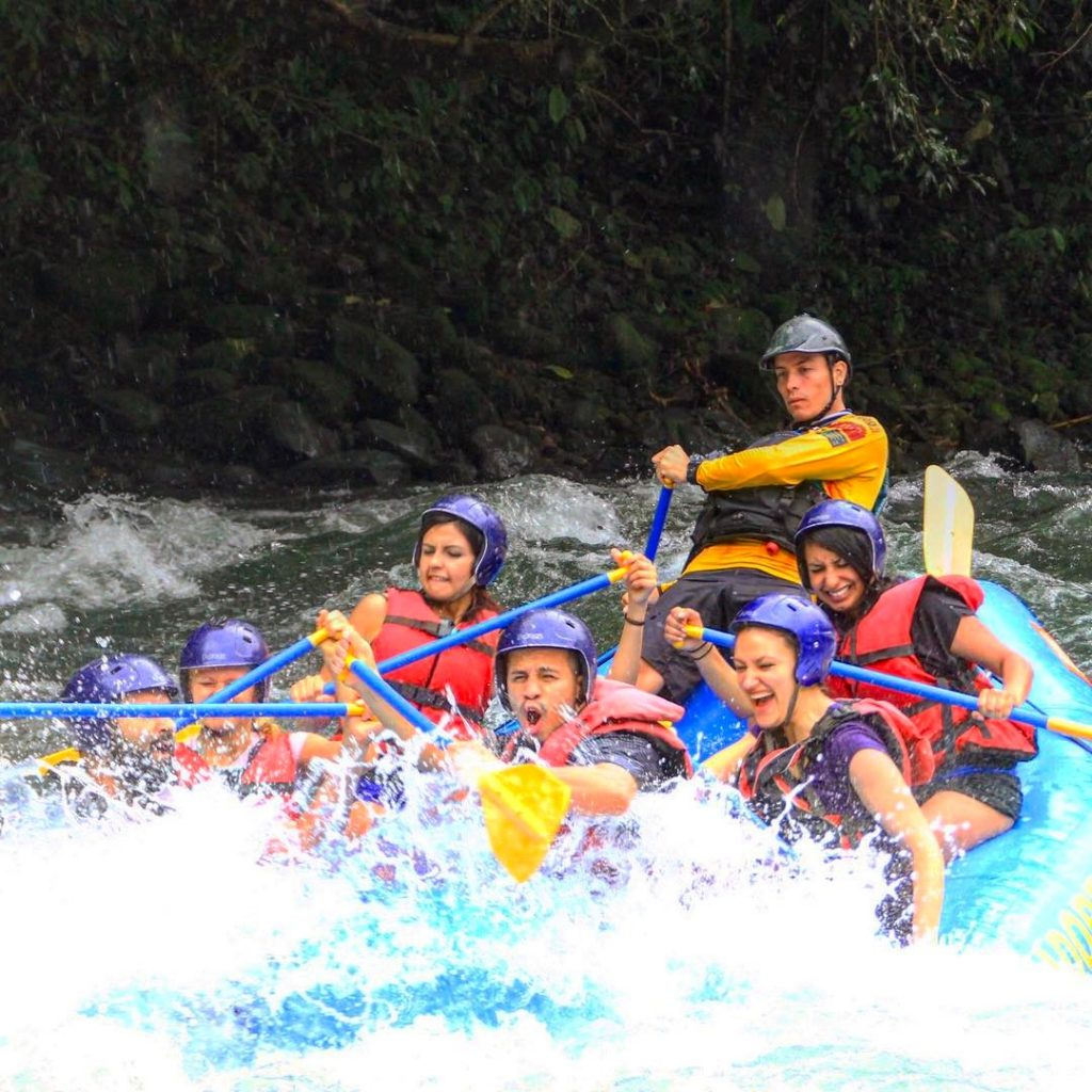Pacuare White water rafting photo credit jorgediazjr.boxing