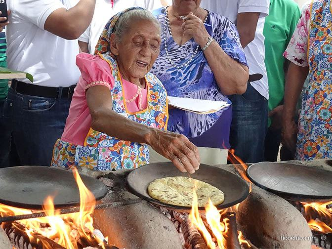 Modesta Chavarria competing at the Tortilla Festival in Nicoya. Photo credit ticoclub.